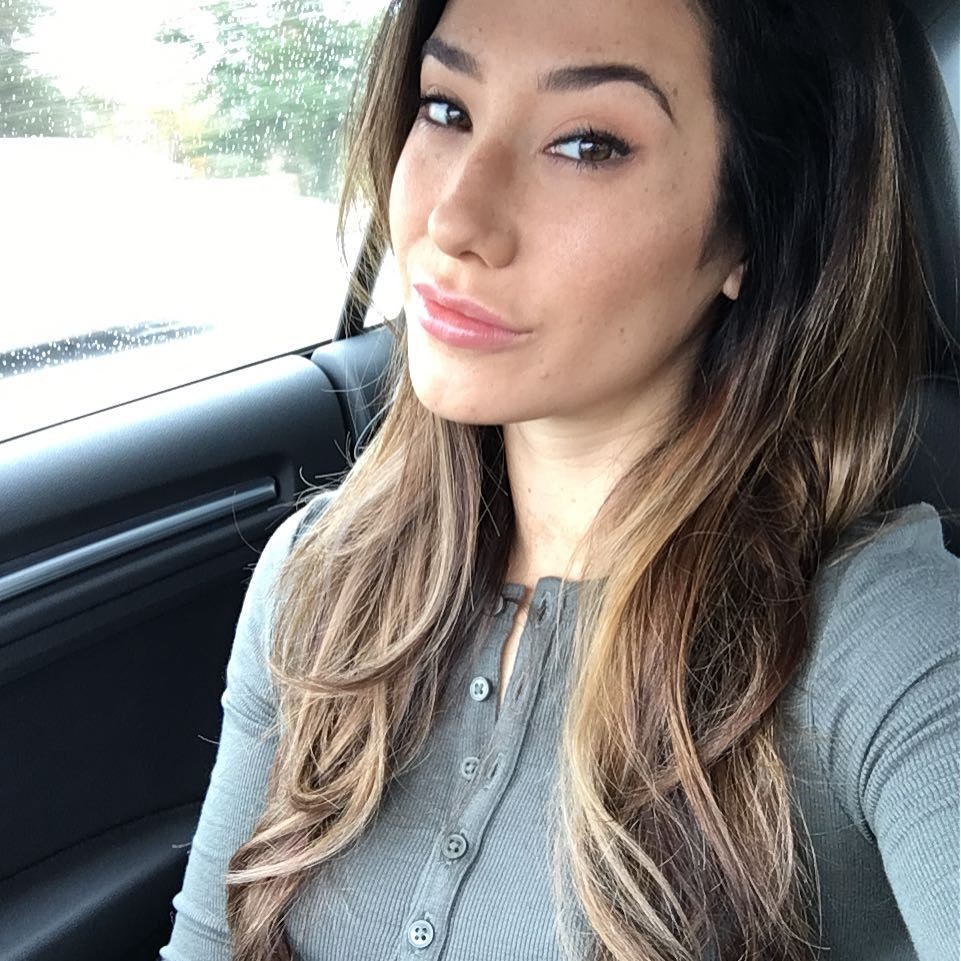 instagram pic of porn star eva lovia in her car
