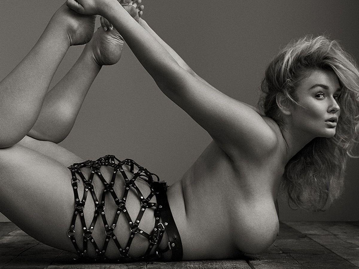 Hunter McGrady nude stretching