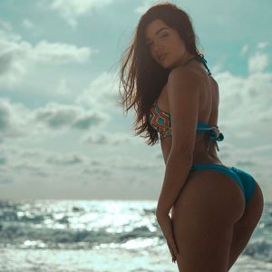 instagram babe missgenii in hot bikini by the ocean