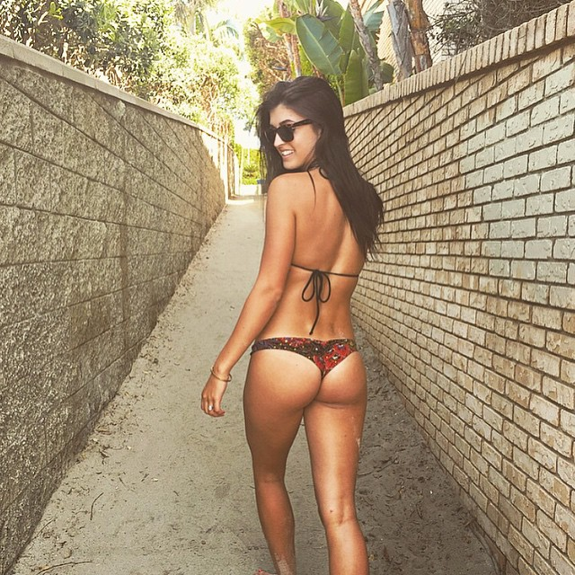 Jessica Hull ass in thong bikini