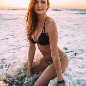 Jessica Hull hot body