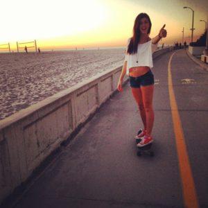 Jessica Hull skateboarding
