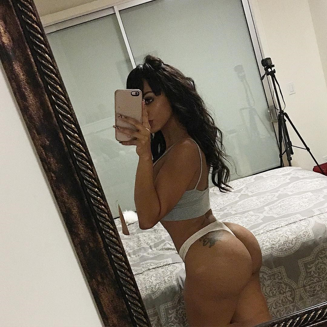 gorgeous model analicia chaves in hot thong showing off her nude ass