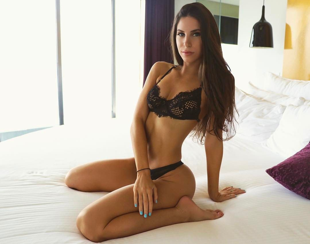 insta famous jen selter in lingerie on bed